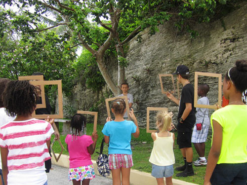 Bahamian Project Brings Photography Workshop to Youngsters
