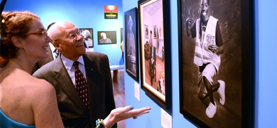 Governor General Unveils The Bahamian Collection