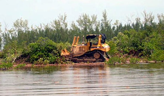 Top Judge Warns Against Permits For Bimini Developer