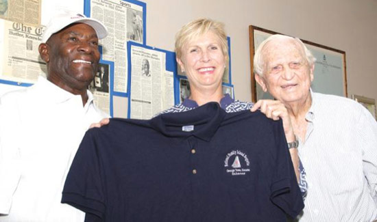 Sir Durward Knowles Donates Shirts To Abaco Fire Victims