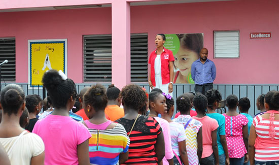 Smart Kids Bahamas Honors Exceptional Educator