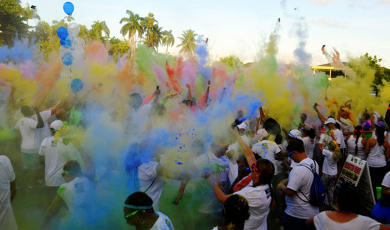 242 Colour Run Brightens A Sunny Sunday In Nassau