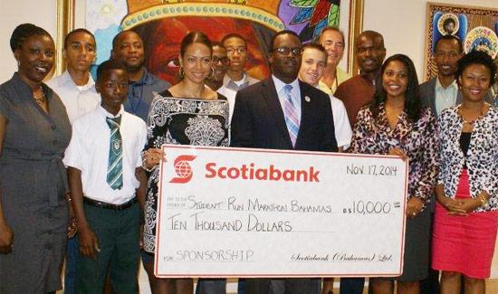 Scotiabank Donates $10,000 To Student Run Marathon Bahamas