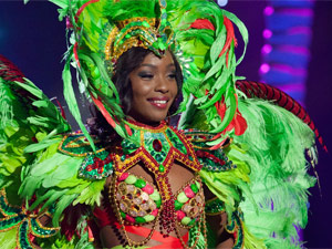 Miss Bahamas Faints at Miss Universe Pageant