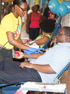 BTC-2014-Blood-Drive-mall