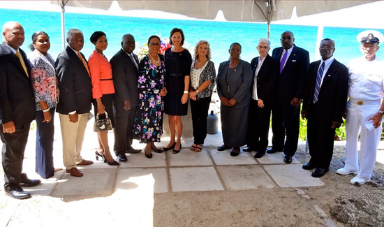 us-embassy-nassau-memorial-7844